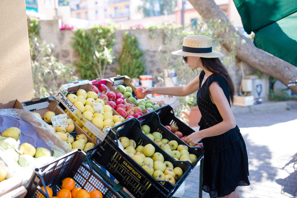 Acne fighting foods at the farmers market